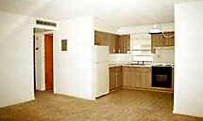 Pentagon Apartments, 2