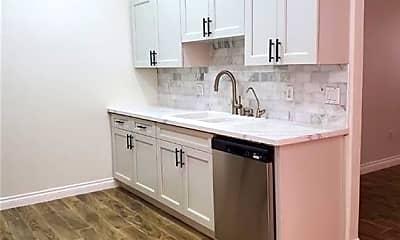 Kitchen, 700 Carnegie St 2614, 1