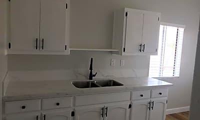 Kitchen, 6717 San Pedro St, 0