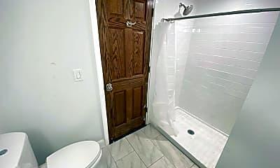 Bathroom, 403 W 8th Ave, 2