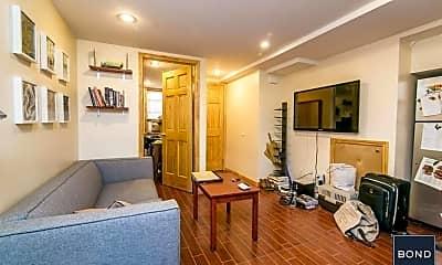 Bedroom, 302 Ainslie St, 2