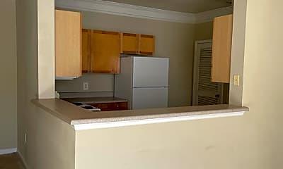 Kitchen, 8813 Villa View Cir, 1