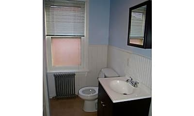 Bathroom, 705 W 26th St, 2