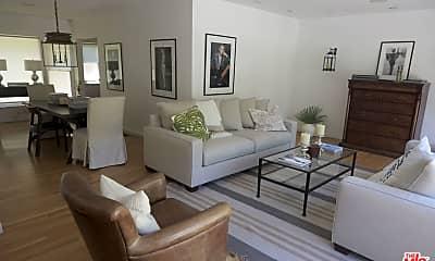 Living Room, 3328 Oak Glen Dr, 2