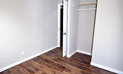 Bedroom, 114 Bluegrass Rd, 2