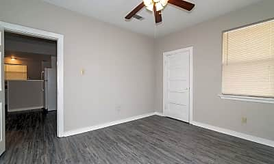 Bedroom, 709 W 45th St, 2