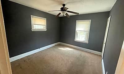 Bedroom, 14604 Edgewood Ave, 2