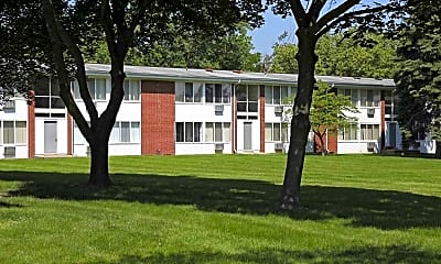 Building, Fairlane Apartments & Townhomes, 0