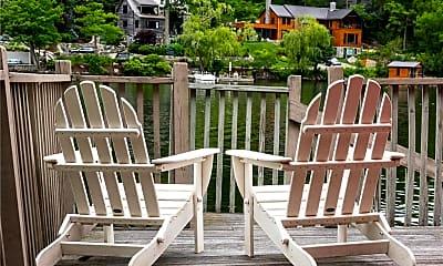 Patio / Deck, 88 E Shore Rd, 1