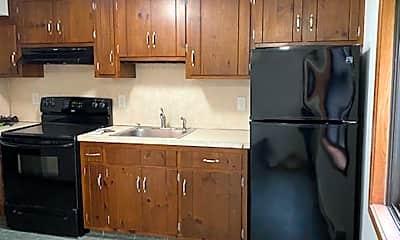 Kitchen, 17 Farmington Ave, 2