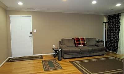 Living Room, 3354 Woodburn Rd 21, 1