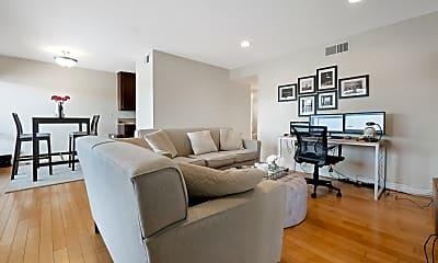 Living Room, 1720 Westcliff Dr, 1