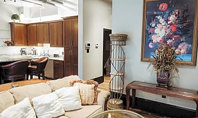 Living Room, 275 S Limestone 145, 1