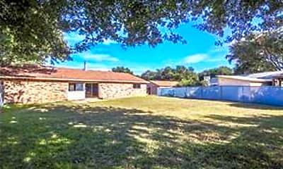 Building, 2614 Branch Oaks Dr, 1