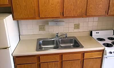 Kitchen, 1400 King Ave, 2