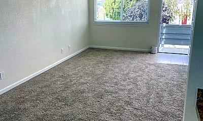 Living Room, 310 Maple St, 1