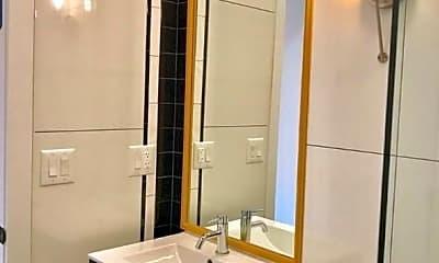 Bathroom, 228 Manhattan Ave, 1