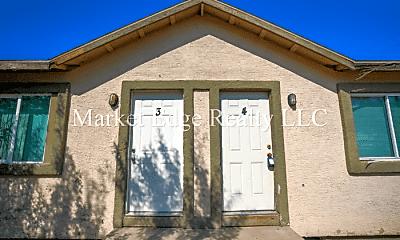 Building, 1702 W Yuma St, 2