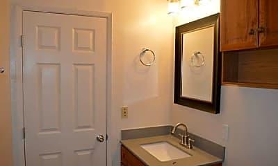 Bathroom, 1594 Adams Ave, 1