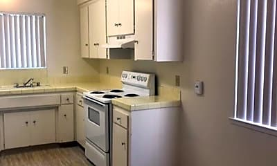 Kitchen, 4909 Harrison St, 1