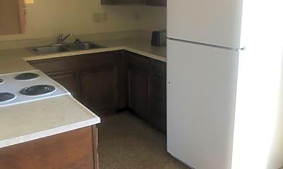 Kitchen, 735 E 18th St, 1