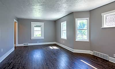 Living Room, 3123 Meredith Ave, 1