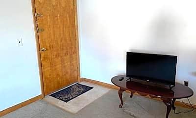 Bedroom, 1303 Parkway Dr, 1
