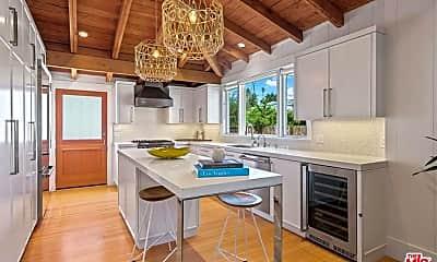 Kitchen, 609 Victoria Ave, 2