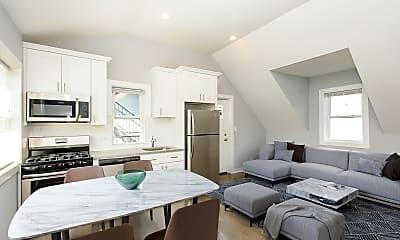 Living Room, 1619 N Maplewood Ave, 1