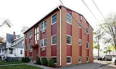Building, 318 John St, 2
