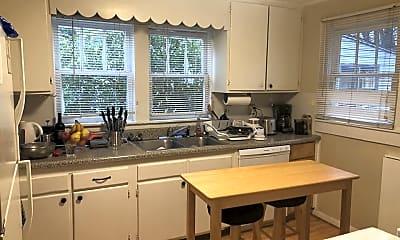 Kitchen, 1005 Hampton St NW, 1