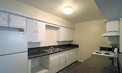Crescent Ridge Apartments, 2
