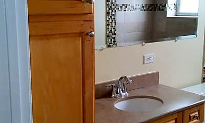 Bathroom, 5104 W Deming Pl, 1