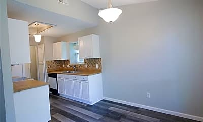Kitchen, 6230 Fernwood Dr, 2