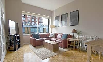 Living Room, 201 Warren St, 0