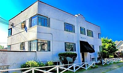 Building, 604 Wilkins St, 2