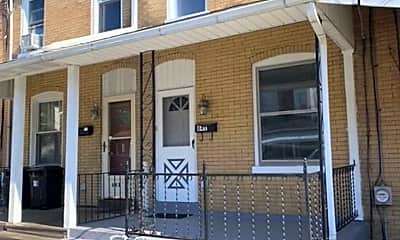 Building, 841 Prangley Ave, 1