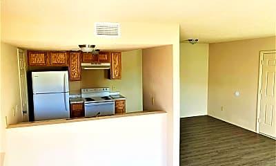 Living Room, 4501 Chase Cir, 1