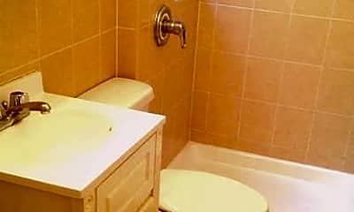 Bathroom, 41 W 65th St, 2