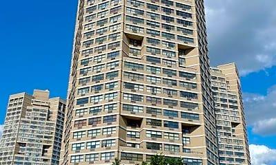 Building, 7004 Boulevard E 11L, 2