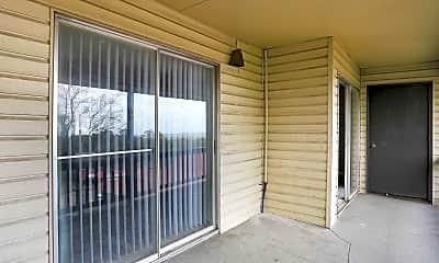 Patio / Deck, Knoll Crest, 2