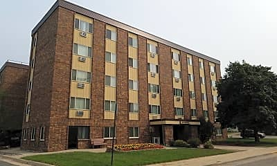 Woodmere Apartments, 0
