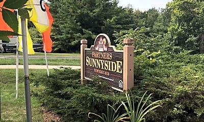 Sunnyside Townhouses, 1