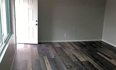 Living Room, 4001 33rd St, 1