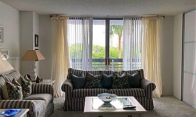 Living Room, 3400 NE 192 St 412, 0