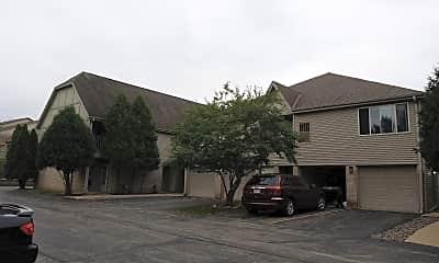 Stonehedge apartments, 0
