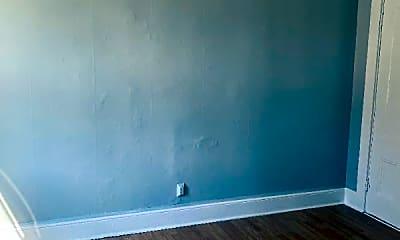 Living Room, 219 Salem St, 2
