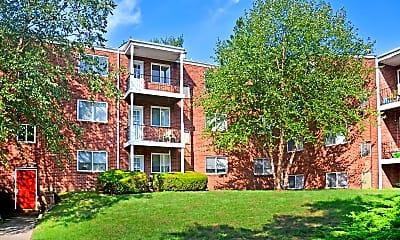 Building, Jamestown Village Apartments, 0