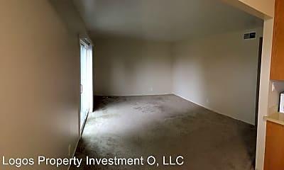 Living Room, 3761 High St, 2