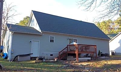 Building, 104 Woodcrest Cir, 1